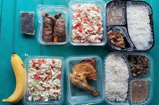 A entrega das refeições é feita nos Restaurantes Universitários (RUs)