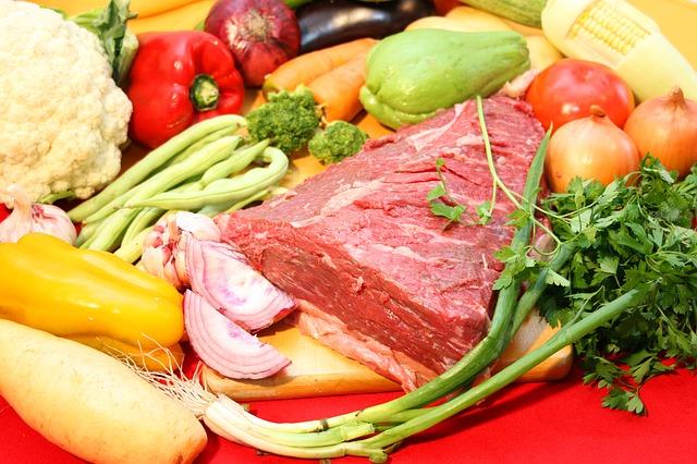 Para diminuir índices, é ideal consumir ferro de origem animal (Roberto Justo Kabana via Pixabay)